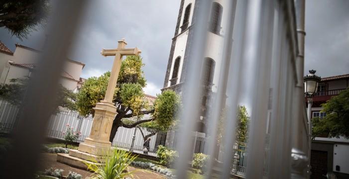 La Cruz de Montañés, un hito encarcelado