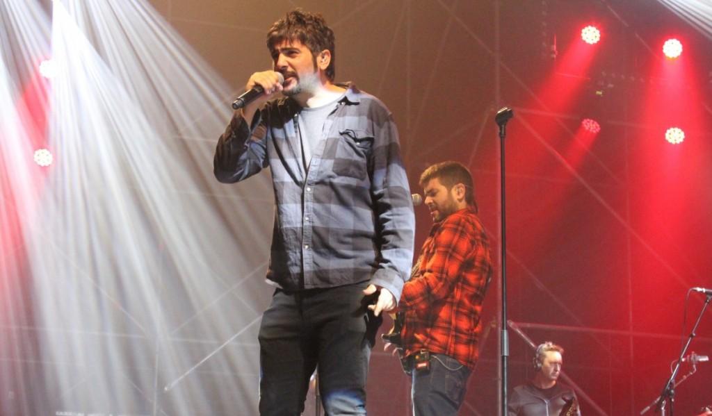 Los hermanos Muñoz, durante un concierto. /DA