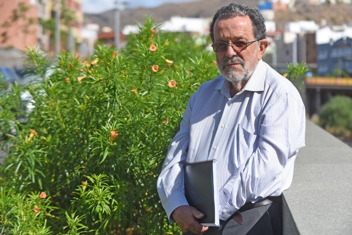Wladimiro Rodríguez Brito, geógrafo y exconsejero de Medio Ambiente del Cabildo de Tenerife. / SERGIO MÉNDEZ