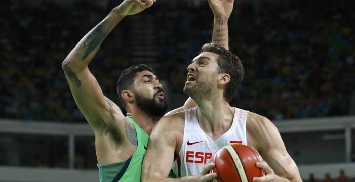 Brasil revive y deja a España muy tocada