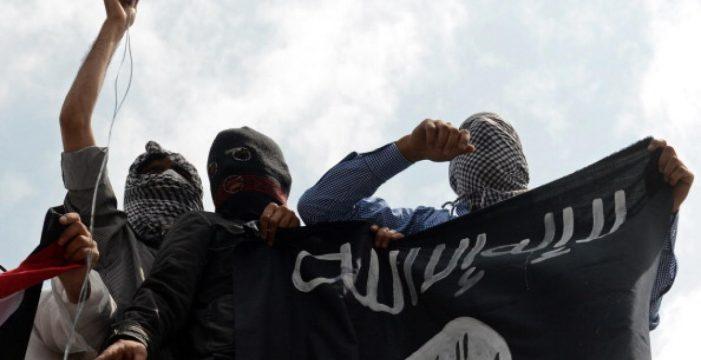 Juzgan a una española, detenida en Lanzarote, por captar a chicas para el Estado Islámico en Siria