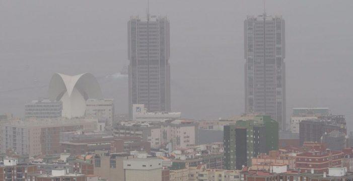 Canarias entrará en 2019 con más calima y calor