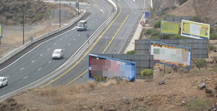 El TSJC obliga a retirar siete vallas publicitarias cercanas a carreteras de la Isla