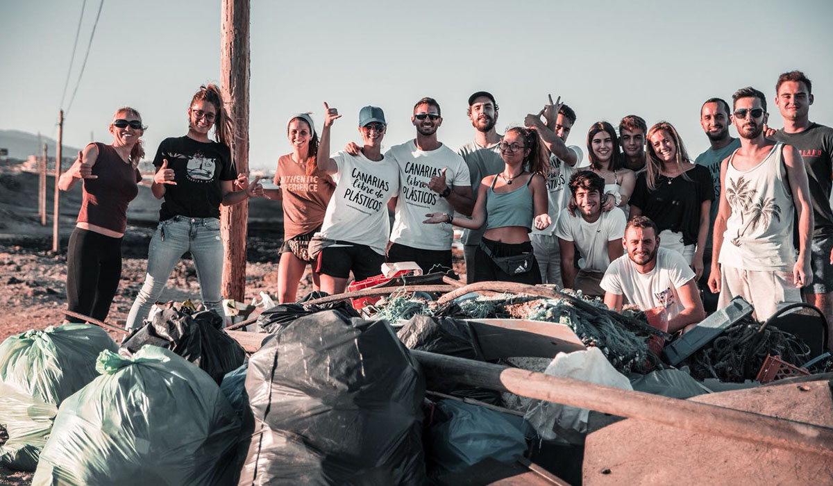 Final de una jornada de saneamiento.   Foto: Canarias Libre de Plásticos