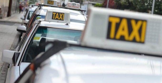 El bonito gesto de un taxista de Santa Cruz con una mujer que perdió el portátil