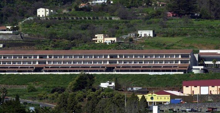 Sanidad activa el plan de contingencia contra la COVID-19 en el Hospital General de La Palma