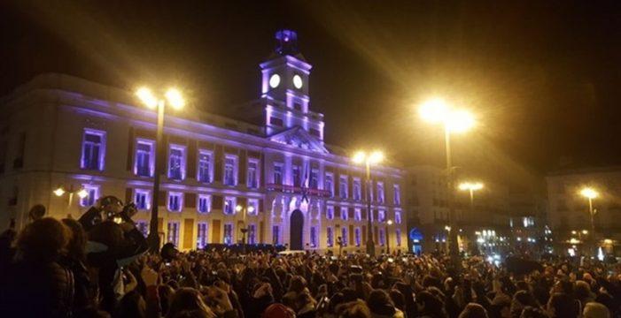 Dónde ver las 'Campanadas Canarias' desde la Puerta del Sol