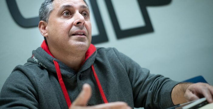 """Santiago Martín, coordinador de SOS Desaparecidos en Canarias: """"En dos años hemos constatado 34 casos, pero en Canarias puede haber más de 100 desaparecidos"""""""