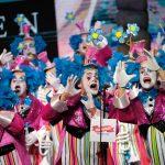 La murga La Traviata durante una de sus intervenciones en la final del concurso que le valió su áccesit de interpretación / Foto: Fran Pallero