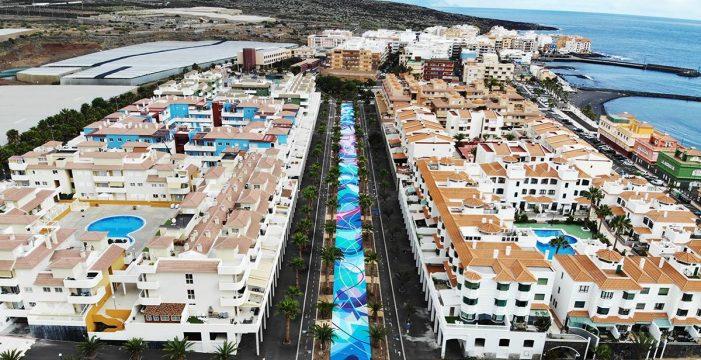 El Puertito de Güímar luce el mayor mural de la Isla en suelo