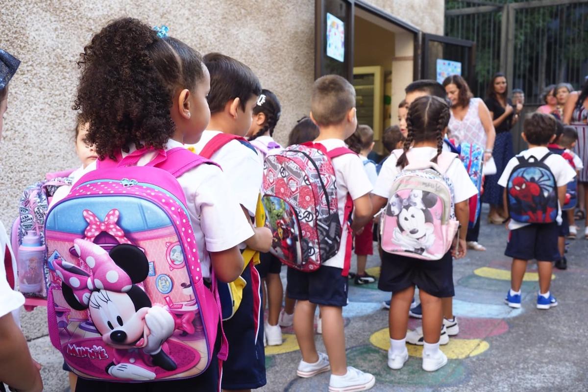 Los centros escolares han vuelto a protagonizar las habituales estampas de esta fecha SERGIO MÉNDEZ