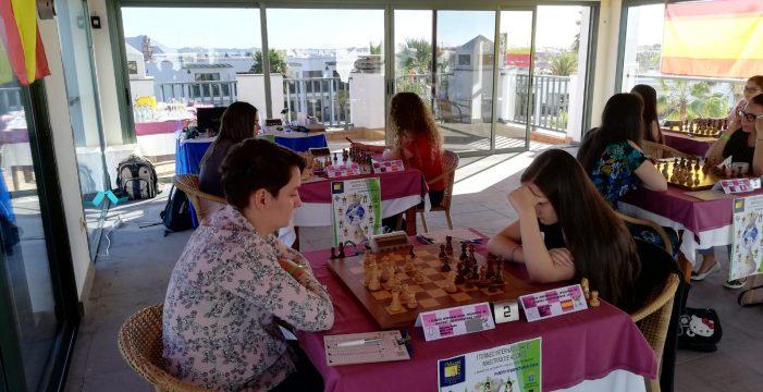 Terbe gana el torneo Fuerteventura y la canaria Adhara logra el título de Maestra FIDE