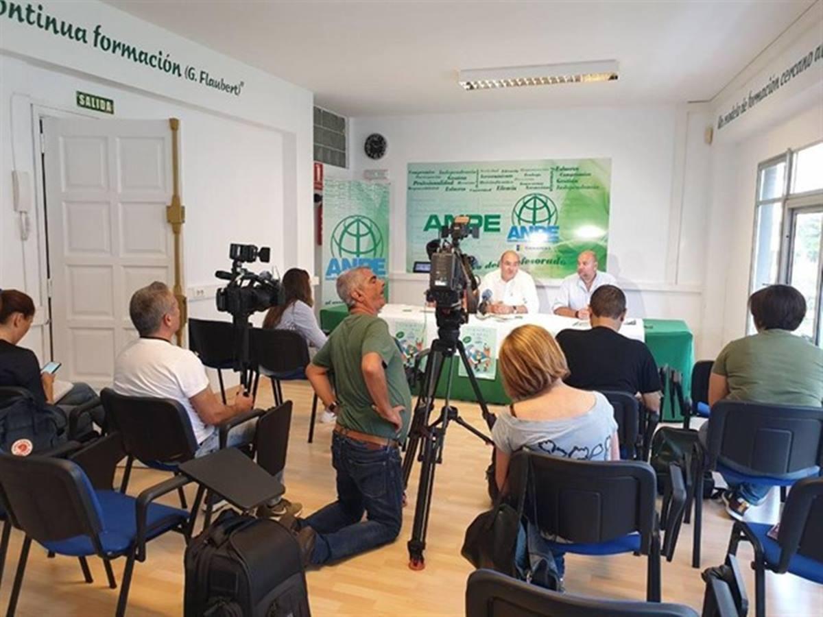 Una rueda de prensa de ANPE Canarias. DA