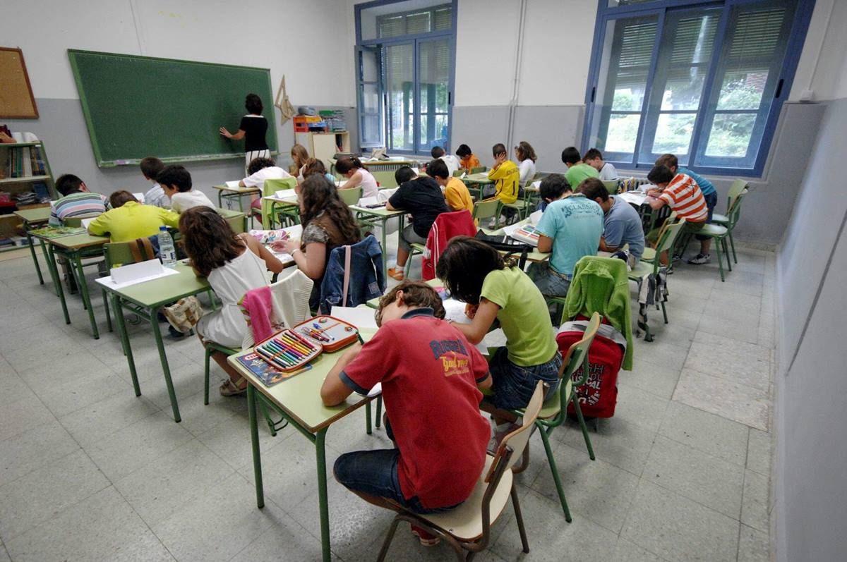 Los maestros se quejan del corto margen entre los nombramientos y la incorporación al centro. DA