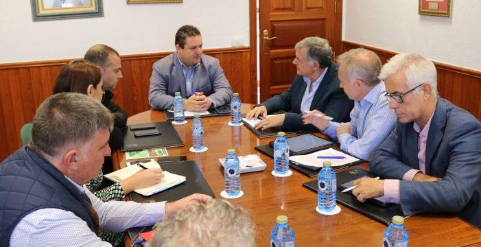Una comisión mixta coordinará la actividad del Puerto de Los Cristianos