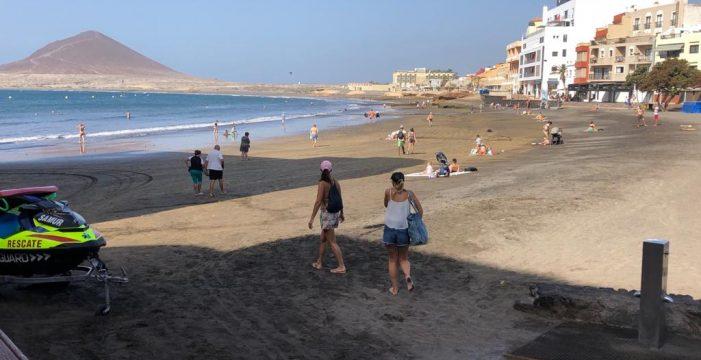 Prohibido el baño en las playas de El Médano y Los Abrigos por bacterias fecales