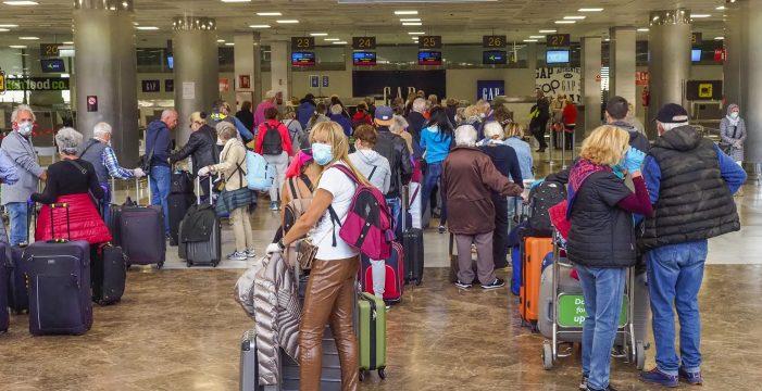 """Piden desvincular a Canarias de la marca España """"inmediatamente"""" para poder atraer turistas"""
