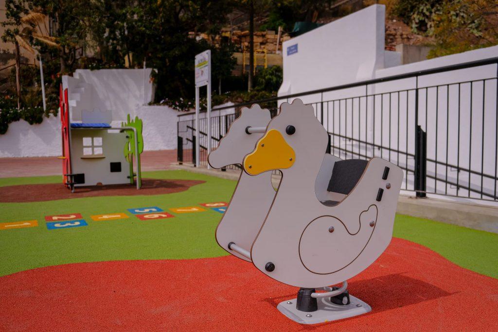 Parques infantiles como el de La Llavita se podrán usar de nuevo. / DA