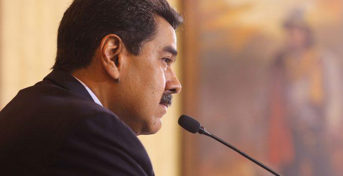 Maduro asegura que comenzará a inmunizar contra la covid-19 en enero