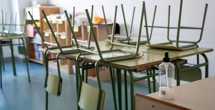 Todos los centros educativos de La Palma darán mañana clases presenciales