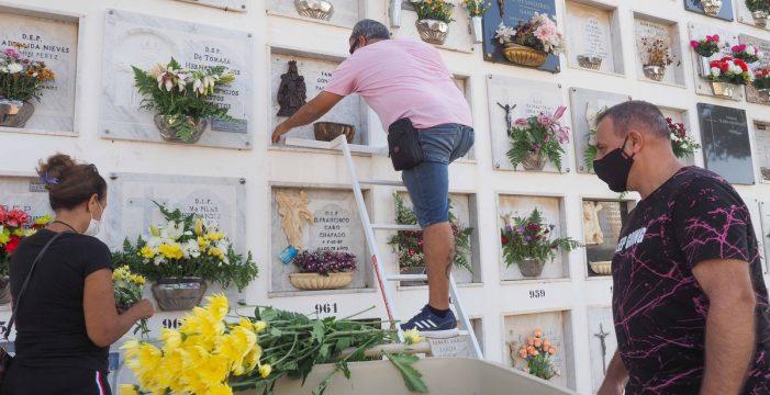 Se amplía el horario de los cementerios de Santa Cruz por la festividad de Todos los Santos