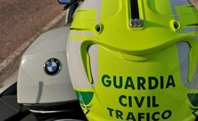 Le gana la batalla a la DGT: anulan la multa que le pusieron por tener el coche aparcado sin ITV