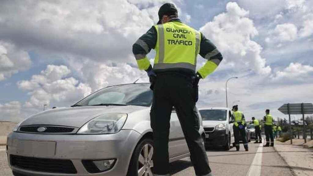 Intervención de la Guardia Civil de Tráfico. EP