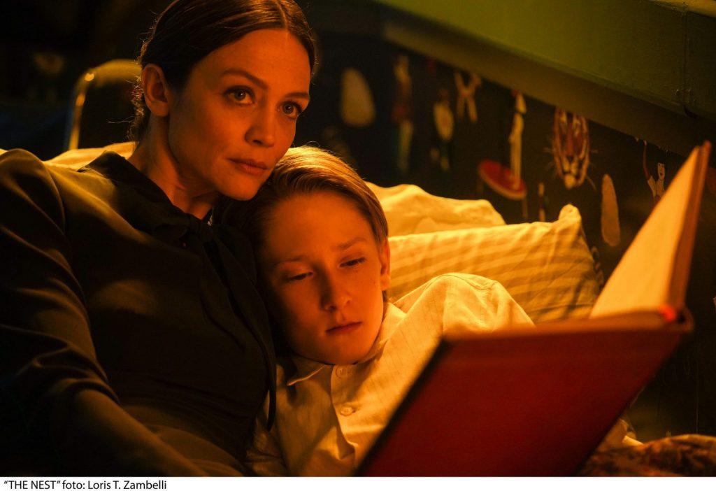 Para los aficionados al cine de terror, se estrena 'La maldición de Lake Manor'.