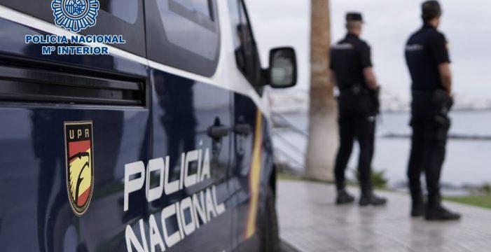 Detienen a cuatro personas en Adeje y en el Puerto de la Cruz por robar ropa valorada en 1.300 euros