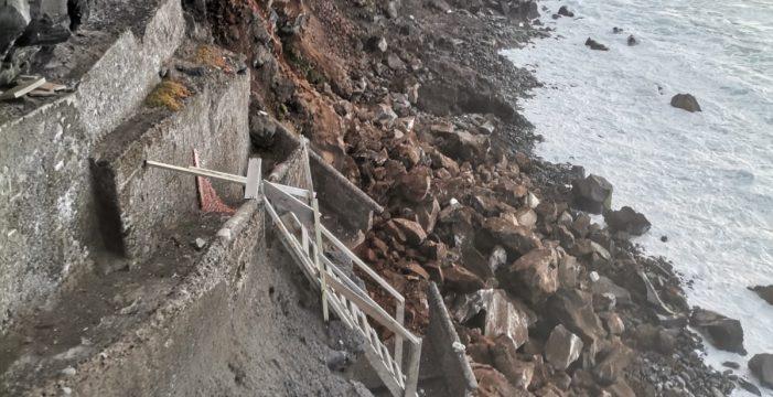 Un nuevo derrumbe en Punta Brava atemoriza a los vecinos