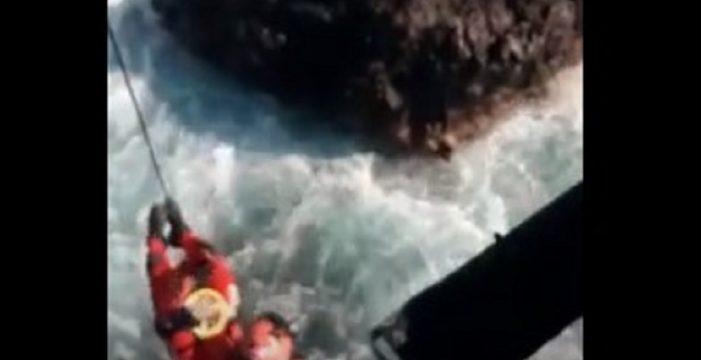 Activan el helicóptero del GES para rescatar a un pescador en apuros en Santiago del Teide