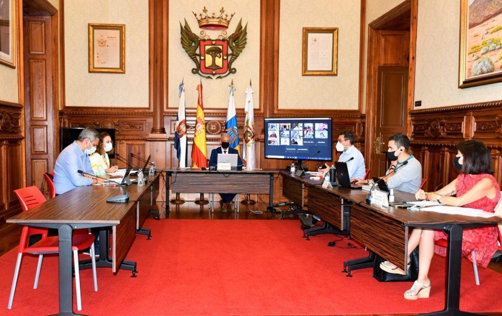 El alcalde anunció que trasladará la predisposición de la Villa de acoger el ciclo formativo de Ganadería. DA