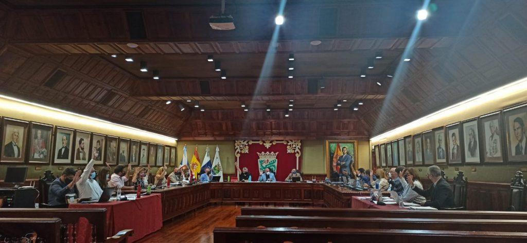 EL Pleno portuense apoyó por unanimidad mantener todas las modalidades del Bachillerato semipresencial en el IES Agustín de Betancourt. DA