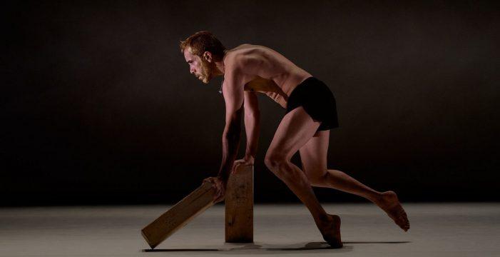 Daniel Abreu, finalista en los Max 2021 con el solo de danza 'El hijo'