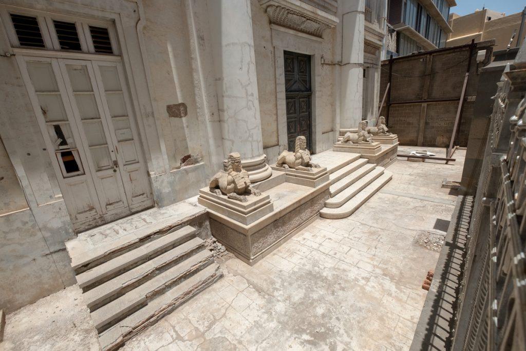Imagen del Templo Masónico después de que el mes pasado se procediera a realizar una limpieza de la fachada del edificio.