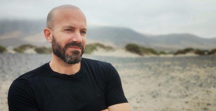 """Santi López: """"Esta ópera prima me ha permitido reciclar algunos de mis traumas a través de los personajes"""""""