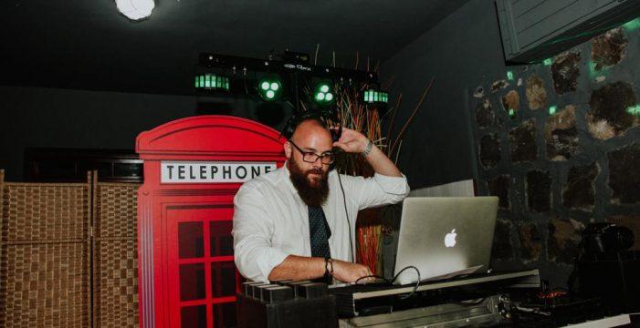 """Alberto Plaza, de DJ a agente de seguros: """"Sentí miedo, pero la COVID me hizo cambiar de trabajo y apostar por el futuro"""""""