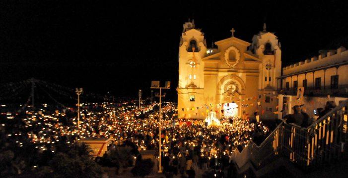 La Basílica de Candelaria cerrará la víspera del día de la Patrona de Canarias