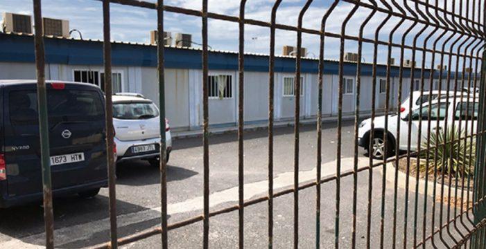 """El AMPA del 'barracón' del Sur: """"Que se pongan en el lugar de los alumnos y acaben la obra"""""""