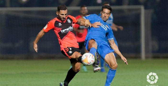 El Tenerife arranca la temporada con una victoria ante el Fuenlabrada (1-2)