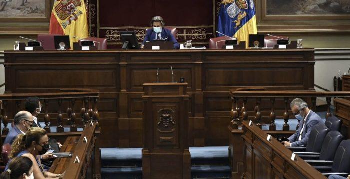 El Parlamento aprueba por unanimidad llevar el incumplimiento del REF ante el Constitucional