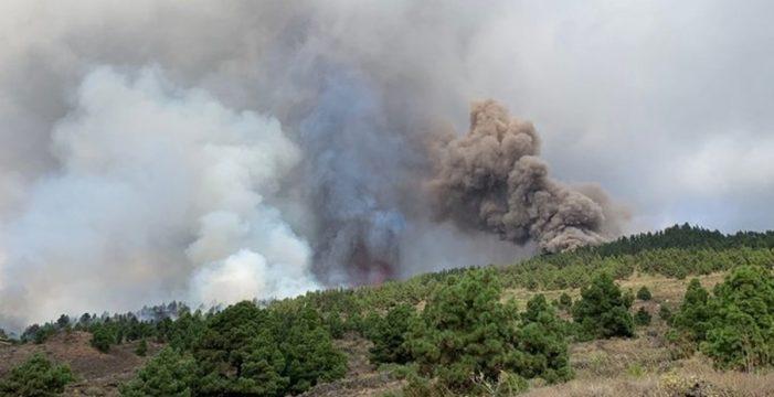 La erupción no ha causado víctimas, pero sí daños en ocho viviendas