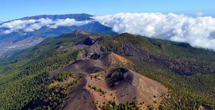 Hernández Zapata pide tranquilidad y dice que no hay certeza de una erupción