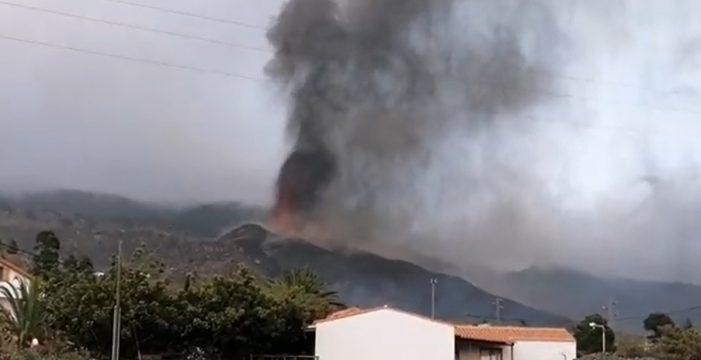 Nueva erupción en la boca principal del volcán de La Palma