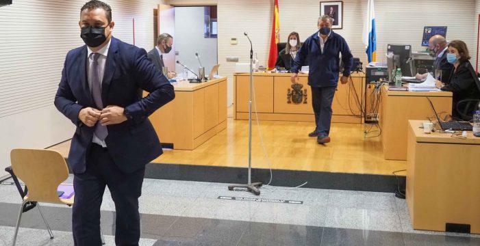 """La Fiscalía apoya la defensa de Mena ante el PSOE de una expulsión """"injusta"""""""
