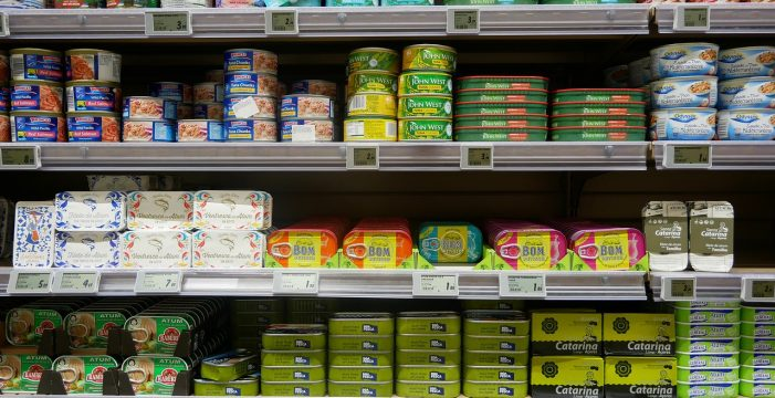 Cuidado con las latas del 'súper': así te la cuelan con algunos populares pescados