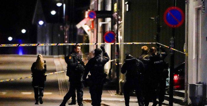 """La policía dice que el hombre que mató a cinco personas en Noruega es """"un converso radical"""" al islam"""