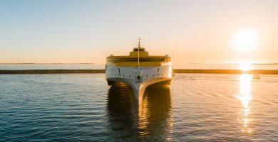 El nuevo fast ferry de Fred. Olsen empieza a operar entre Tenerife y Gran Canaria consolidando los trimaranes en el Archipiélago