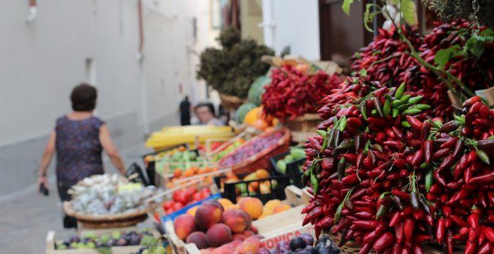 """El Gobierno quiere fomentar la venta de alimentos """"feos"""" para evitar su desperdicio"""