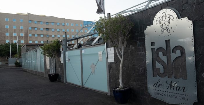 Urbanismo ordena el cierre y la retirada de la licencia de actividad a Isla del Mar